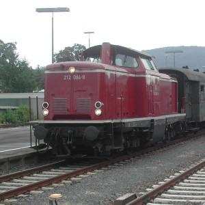 Die V100 der DBK zieht am kommenden Sonntag den Ersten Zug nach Gerabronn