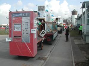 Wagen mit Spendenautomat