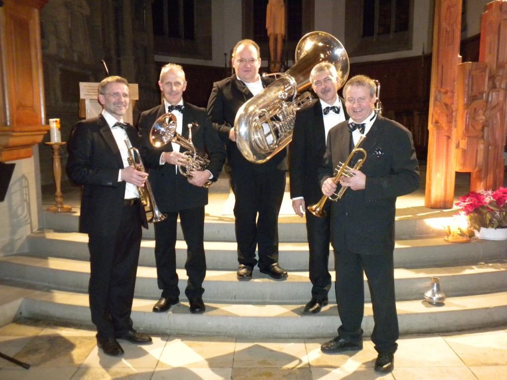 Konrad Bauer (Trompete), Edgar Oettig (Trompete), Johannes Alberg (Euphonium), Oleg Mook (Posaune) und Martin Heussler (Tuba)